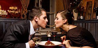 Cena romantica a casa: due per due
