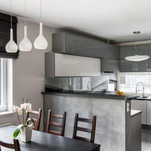 pareti grigie tortora cucina