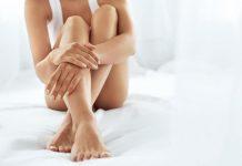 Macchiette bianche sulle gambe rimedi